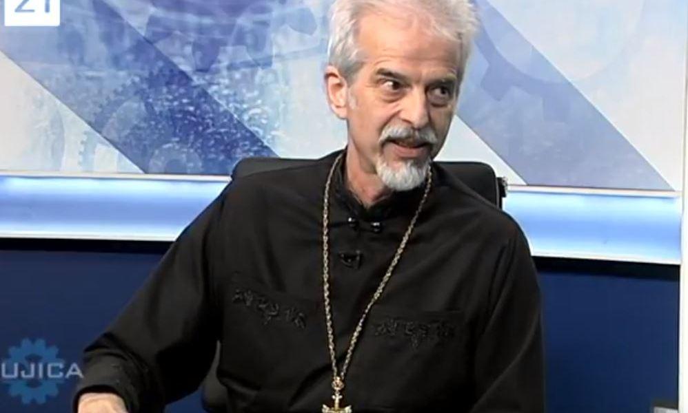 Arhiepiskop Aleksandar u Bujici pokazao Pupovcu kako se treba prekrstiti!    Kamenjar