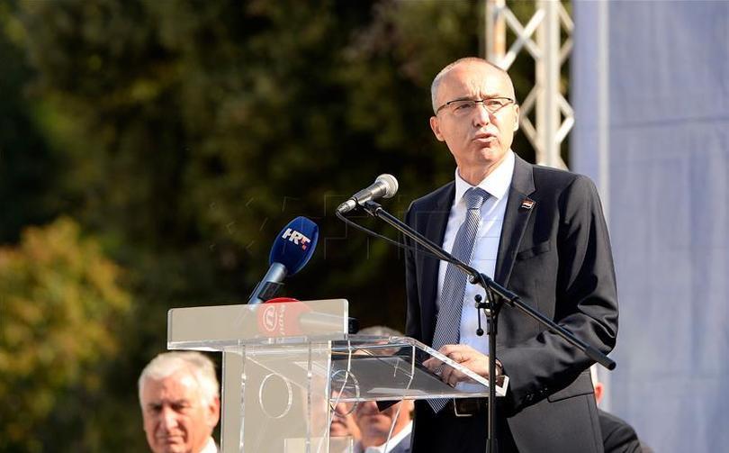 Krstičević o postupcima Ivana Penave: Ova Vlada je vratila vojsku u Vukovar
