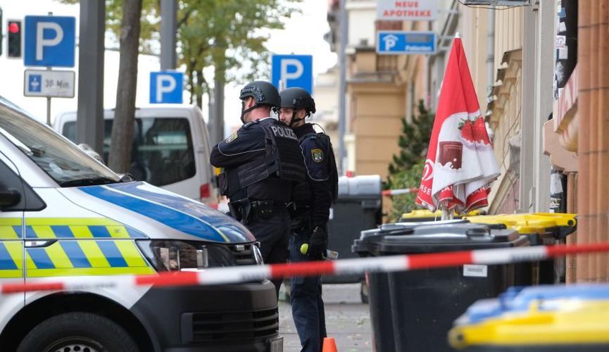 Napad u Njemačkoj: Ubio dvoje pred sinagogom i bacio bombu