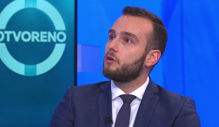 Ministar Aladrović: U ovoj ponudi 8 posto će biti veća plaća učiteljima i nastavnicima