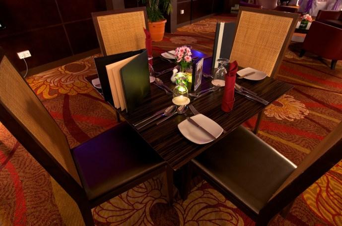 Holiday Inn III _DSC7971