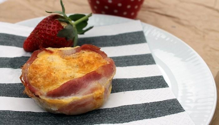 Bacon og æg i muffinform – morgenmad to go !