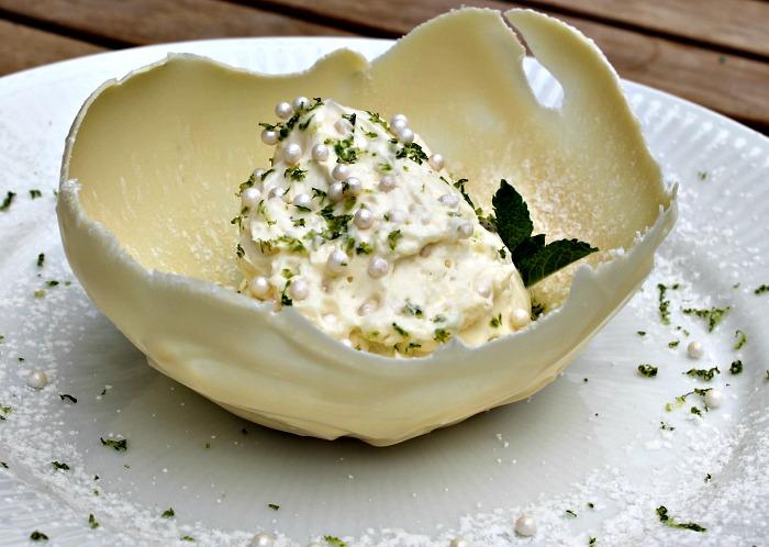 MadbloggerUdfordringen #8 – Hvid chokoladeskål med lime mascapone creme