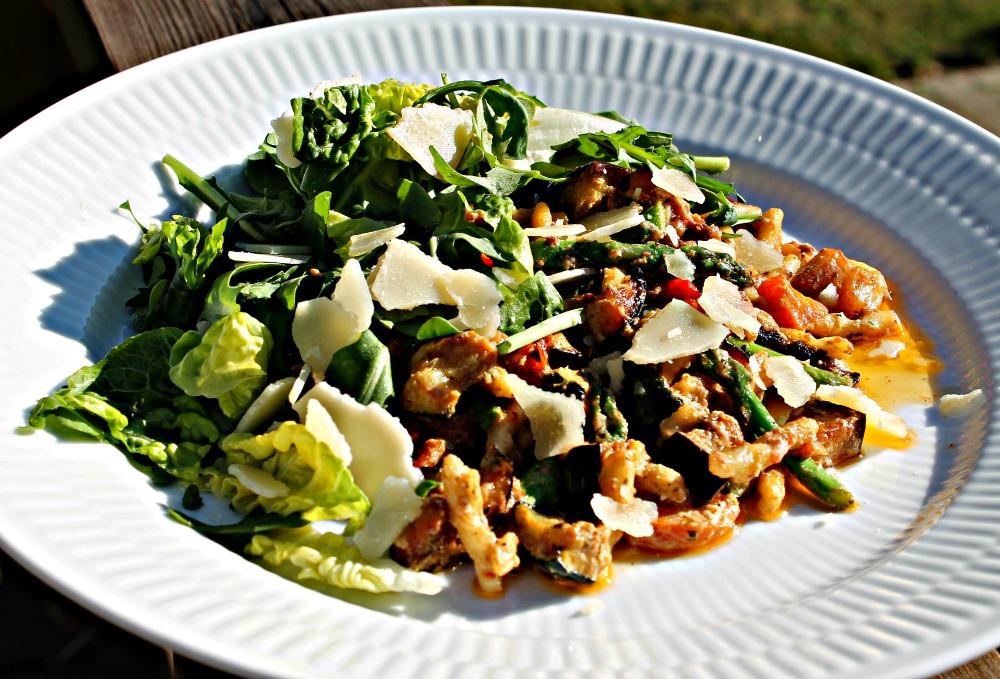 Pasta med ovnbagte grøntsager samt Ricotta