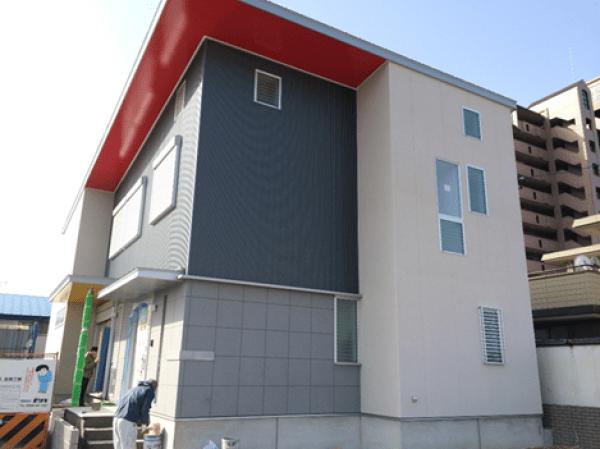 愛知県一宮市の某住宅新築工事(屋根・外壁・樋)のご紹介です。