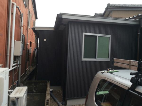 愛知県一宮市のS様事務所増築工事(屋根、外壁、樋)のご紹介です