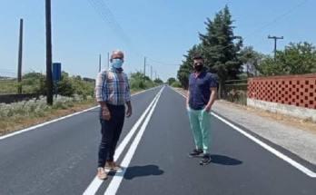 Ασφαλτόστρωση δρόμου στο Ανατολικό