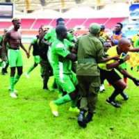 CAF Confederation Cup: Gor Mahia Players Beat Referee After Losing Match