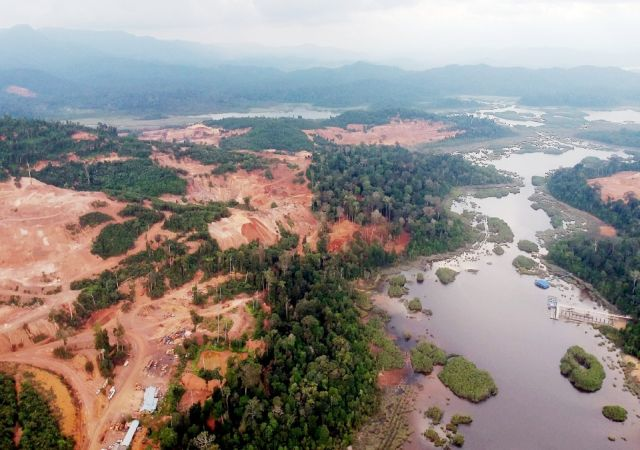 Di sebalik kemusnahan hutan Tasik Cini, di mana Menteri Alam Sekitar
