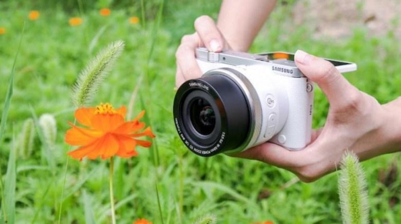 Kamera untuk Video Samsung NX3000