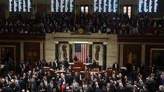 Photo of إحالة ملف عزل ترامب إلى مجلس الشيوخ