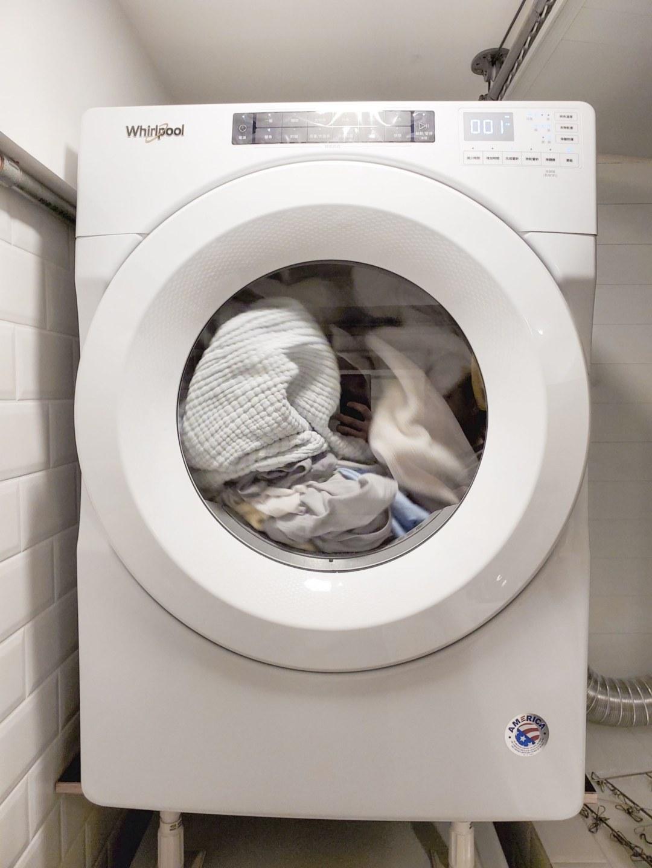 20200527 204351 compressed 20200527 204351 compressed 家電開箱 解救每天洗衣服的阿雜 美國原裝whirlpool惠而浦快烘瓦斯型乾衣機 媽媽神器 8TWGD5620HW, SAMSUNG, whirlpool, 惠而浦, 洗脫烘, 滾筒, 滾筒乾衣機, 滾筒洗脫烘, 滾筒烘衣機, 烘衣機, 瓦斯乾衣機, 瓦斯型, 瓦斯型乾衣機, 美國原裝, 美國原裝進口, 美泰克, 進口