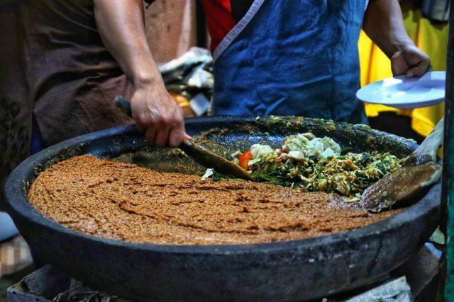 Lotek Teteg, Sajian Salad Asli Indonesia Porsi Besar