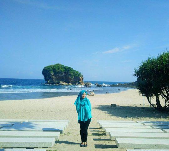 Pantai Jungwok, Supleman Pantai Wediombo Dengan Segala Keunikannya