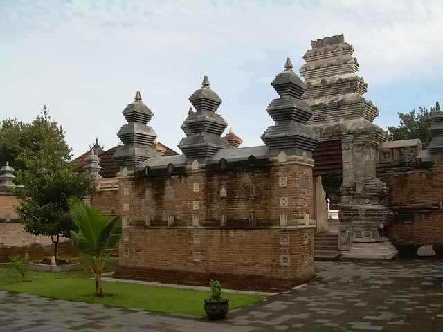 Sembilan Lokasi Wisata Religi di Jogja