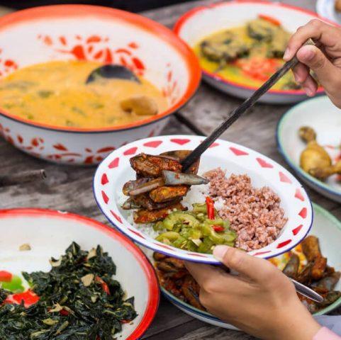 Kampung Jawa, Rumah Makan Unik di Jogja dengan Menu Tempo Dulu
