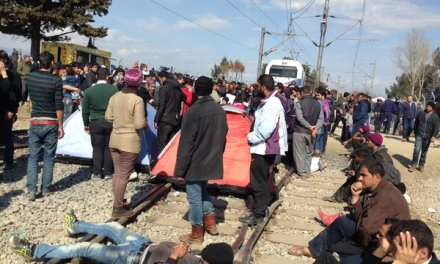 Затворена балканската рута за бегалците.Турција се договори со ЕУ – ќе ги прими назат сите бегалци од Грција.