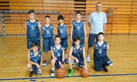 Струмичката Баскет Академија со победа го почнаа Рода Купот во Бечеј Србија
