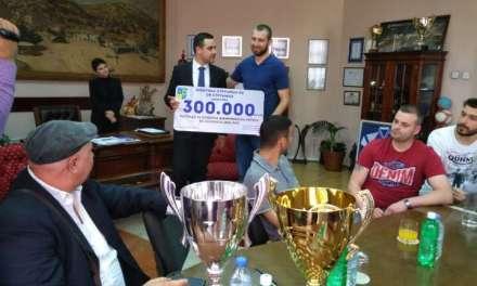 300 000 денари за двојната круна – Костадинов ги прими одбојкарските ШАМПИОНИ
