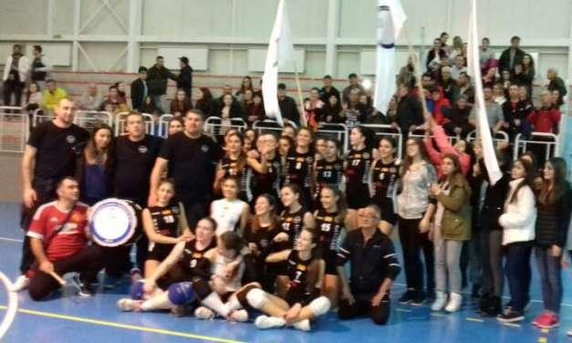 ФОТО – Голема победа на Наковски Волеј, им нанесоа прв пораз на Универзитет Тетово