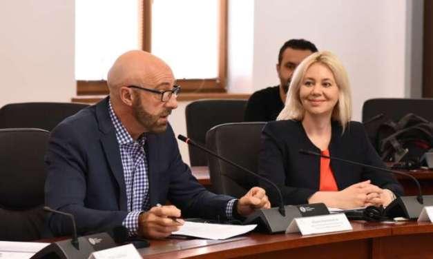 Доделени 2,8 милиони евра за капитални проекти во 9 општини