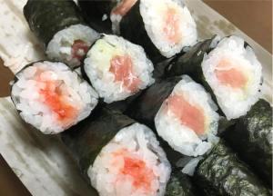 僕らのソウルフード !! ちくは寿司の細巻き ♪