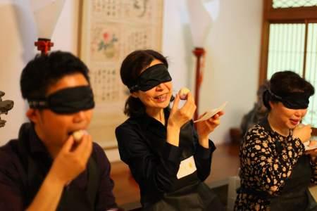宝円寺で「闇闇茶会 (あんあんちゃかい) 」開催迫る!! 「出会い」をテーマにひと時の出会いを楽しもう