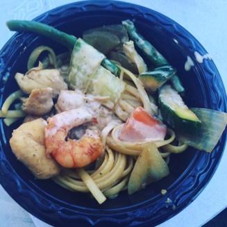 Teppanyaki Noodels w/ vegetables, shrimp & chicken @ Kobé