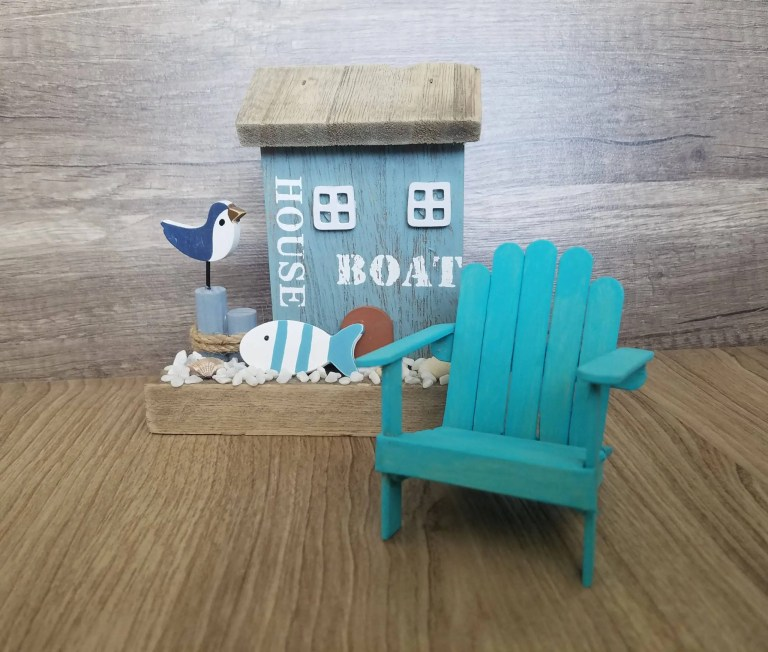 Read more about the article DIY Popsicle Stick Beach Chair