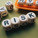 マイナス金利で生命保険はわかりましたが、損害保険も値上がりするんでしょうか?