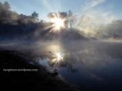 matahari dan telaga ranu pani kaki gunung semeru