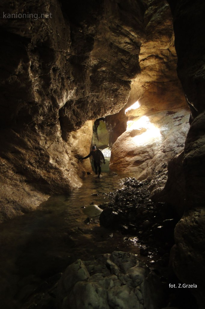 Rio Frondizzon. Prawie jaskiniowe partie.