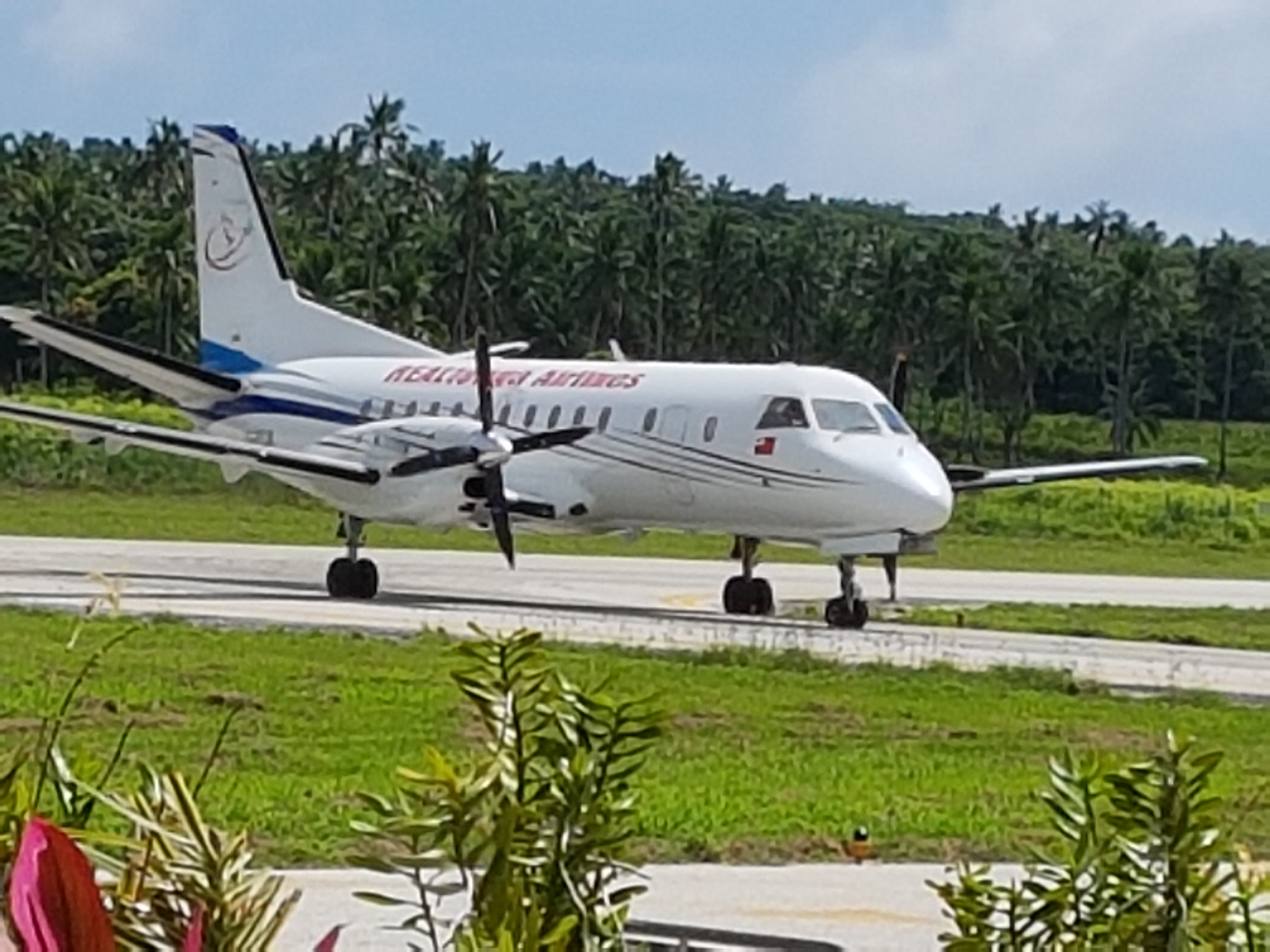Real Tonga Airlines vuela a Samoa |