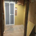 脱衣場の床面・壁面造作
