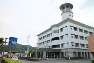 肝付町観光協会の事務所は、役場の内之浦総合支所の1階にあります。
