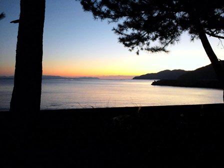 朝の内之浦湾