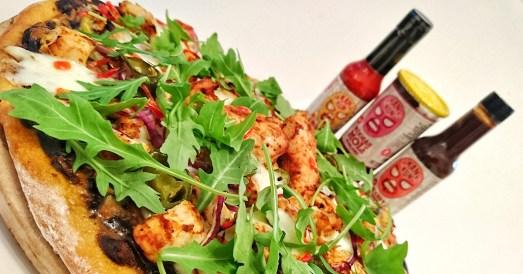 kankun-chipotle-chicken-pizza