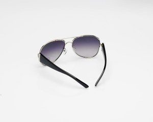 sunglasses-94813_640
