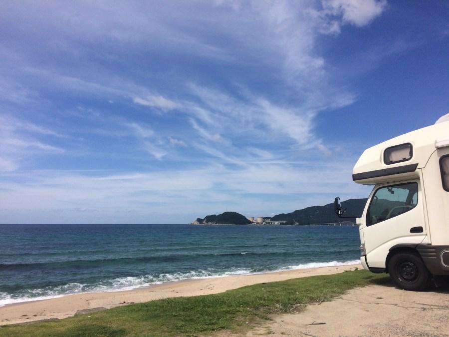 日本海 敦賀 水晶浜とキャンピングカーレンタル滋賀