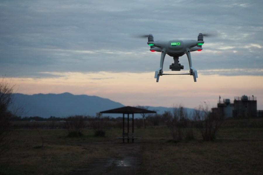 phantom4proドローンの空撮練習とジンバルガード・ランディングギア取り付けテスト ドローン空撮滋賀