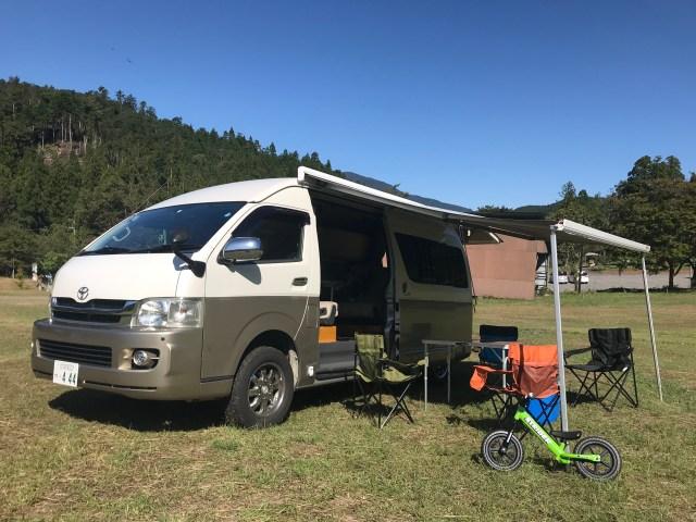 サイドオーニング付きハイエースキャンピングカーでデイキャンプ キャンピングカーレンタル滋賀カノアカーレンタル