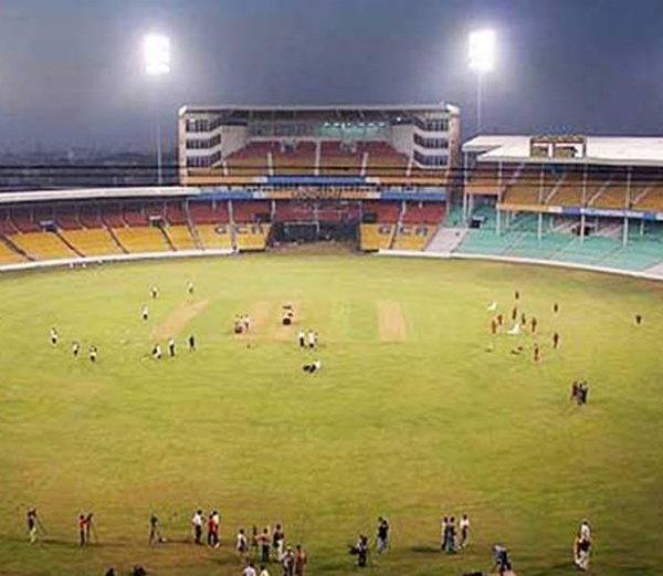 انڈیا-انگلینڈ T20 میچ: یوپی الیکشن پر پڑے گا اثر؟