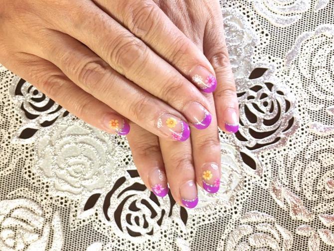 還暦(60代)紫フレンチネイル