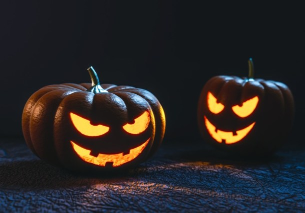 Free and Cheap Kansas City Halloween Parties and Events for Adults - Evil jack-o-lanterns lit up