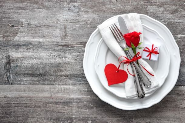 Valentine's Day restaurant specials in Kansas City - table setting with hearts and flowers