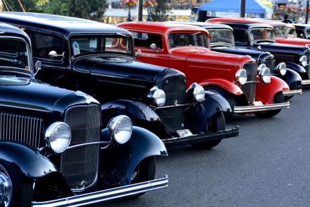 De Soto Days car show - classic hot rods parked in a line