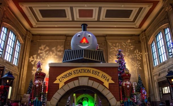 Holidays at Union Station Kansas City - Train display