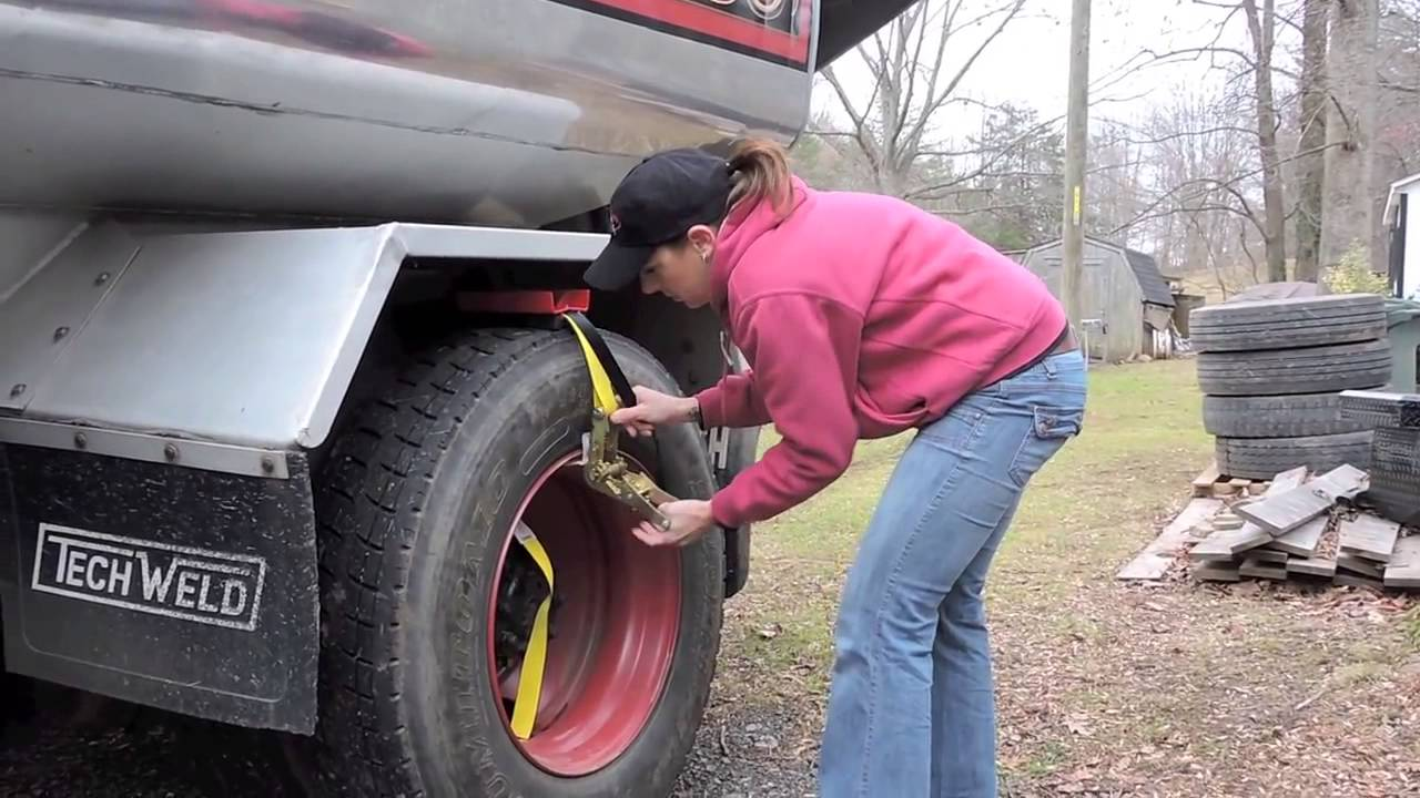TruckClaw Alternative Traction Aid for Commercial Vehicles video 1