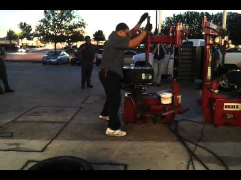 Firestone's fastest tire mount ever!!!