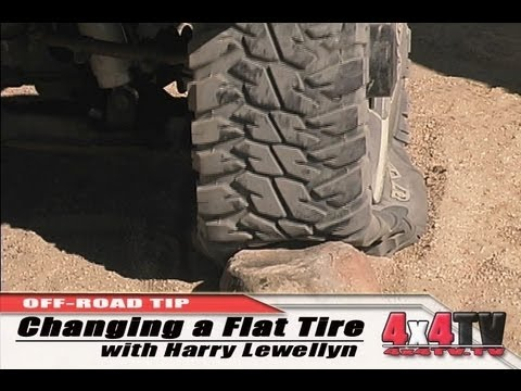 4x4TV Off-Road Tip - Dealing With a Flat Tire with Harry Lewellyn